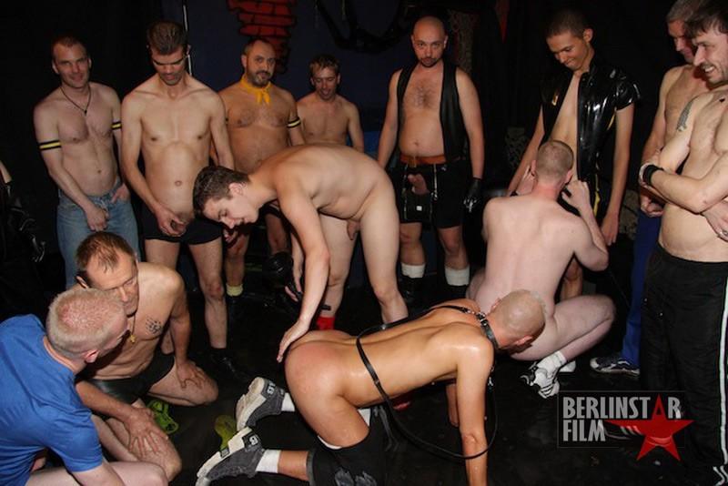 Piss Orgy DVD - Gallery - 004